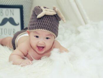 Hvornår får børn tænder? Få svaret og kendetegnene