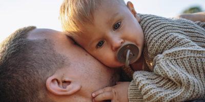 Baby sut: Alt du skal vide om at give din baby sut